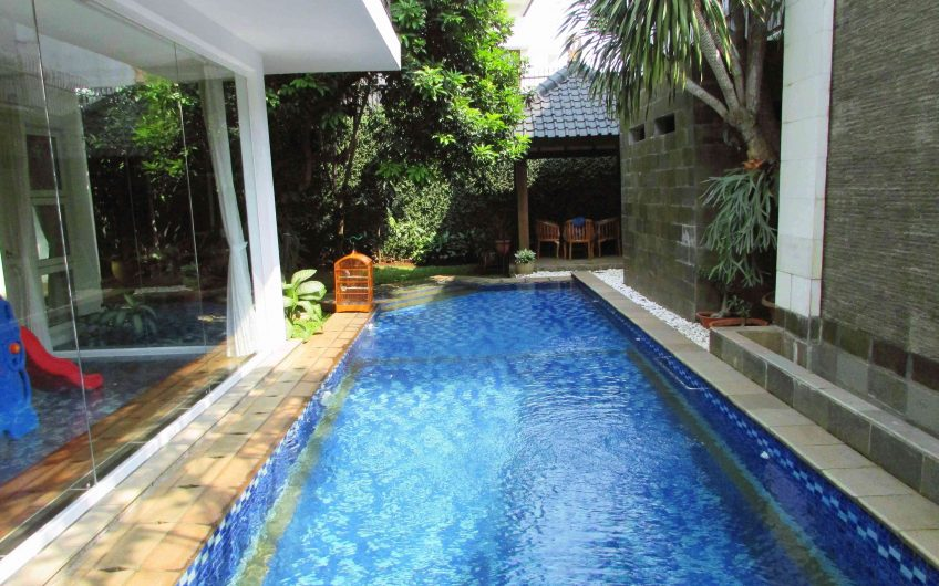 7 Bedrooms, Stand Alone House, Furnished at Cilandak (CLD383)