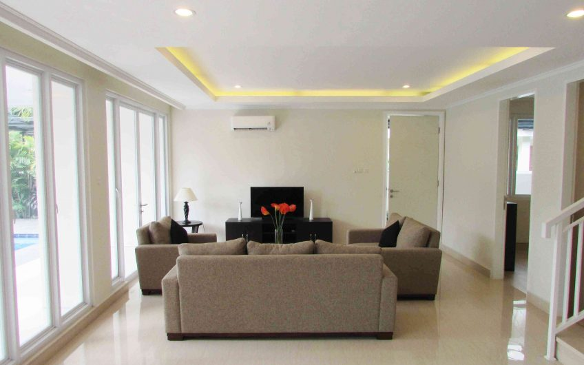 Compound House With Beautiful Designed and Layout at Cilandak (CLD385)